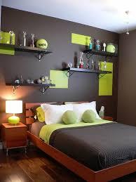 chambre gris vert chambre gris vert tendance peinture chambre design couleur de