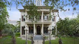 Antebellum Home Interiors Peek Inside Anne Rice U0027s Former New Orleans Mansion Curbed