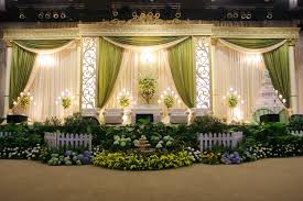 wedding organizer modern dekorasi wedding organizer kota pontianak and gold