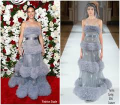 Fashion Sizzlers Archives Fashionsizzle by Lucy Liu In Yanina Couture U2013 The American Theatre Wing U0027s