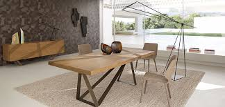 track dining table roche bobois