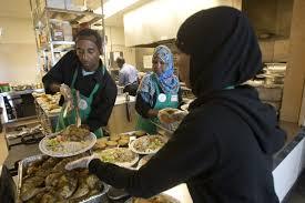 hundreds gather in regent park for halal thanksgiving meal the