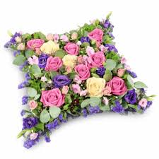 flower delivery express funeral flowers get express funeral flowers delivery in uk