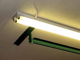 garage fluorescent light fixture the 4 best fluorescent lights for garages reviews 2018