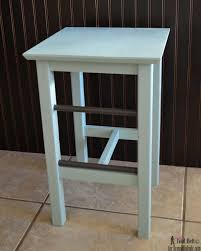 Wooden Bar Stool Plans Free by Remodelaholic Diy Modern Natural Wood Block Stools