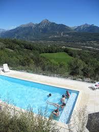 chambres d hotes hautes alpes gite chambre d hotes à buissard hautes alpes avec piscine les