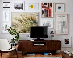 Livingroom Art 5 Tips For Decorating Around A Television Tvs Walls And Gallery
