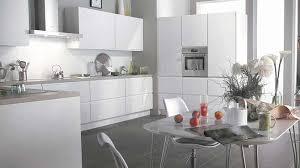 cuisine gris et blanc deco cuisine gris et blanc inspirant photos stunning cuisine grise