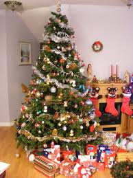 28 what country do christmas trees come from pictures on