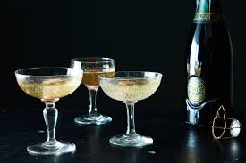 how is champagne made what u0027s the difference between champagne prosecco u0026 cava