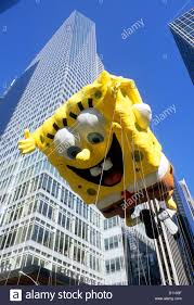 macy s thanksgiving day parade spongebob squarepants balloon
