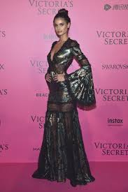 victoria s secret halloween costume victoria u0027s secret brings the glamour to its parisian afterparty