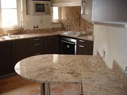 plaque granit cuisine plan de cuisine en granit brilliant credence cuisine amenagee 4
