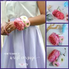 How To Make A Wrist Corsage Easy And Beautiful Diy Wrist Corsage Great For Mother Of The