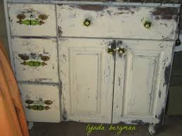 How To Distress White Kitchen Cabinets Lynda Bergman Decorative Artisan Painting U0026 Distressing A New