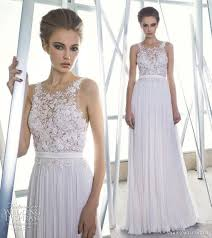 wedding dresses for small bust 2 7 faux ways to bust look bigger
