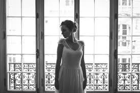 robe de mariã e beige timeless mathilde créatrice de robes de mariée