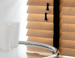 Wide Slat Venetian Blinds With Tapes 10 Best Wooden Venetian Blinds With Tapes Images On Pinterest