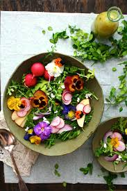 edible flowers edible flower recipe ideas how to cook with edible flowers