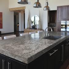 granit cuisine plan de travail en granit de cuisine bianco antico cosentino