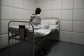 chambre hopital psychiatrique un centre psychiatrique étrillé pour ses méthodes d un autre âge