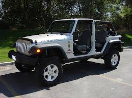 jeep sahara lifted 3