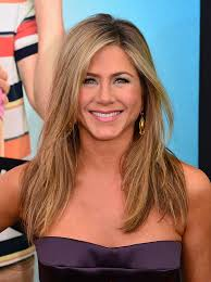 what is the formula to get jennifer anistons hair color stunning jennifer aniston throwback will give you major 90s