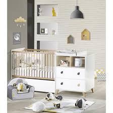 chambre maxime autour de bébé lit bébé achat de lit bébé en bois et à barreaux design adbb