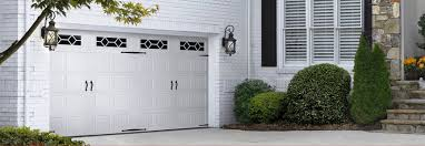 Cottage Style Garage Doors by Tips Finding The Garage Door That Matches The Style Of Your Home