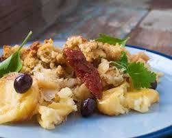 cuisiner la morue à la portugaise recette bacalhau à bras morue à la portugaise