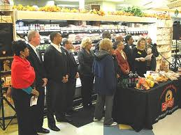 local shoprite chain organizes 1 000 meal thanksgiving giveaway