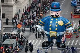 macy hours for thanksgiving isis magazine calls macy u0027s thanksgiving day parade
