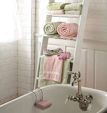 bathroom towels ideas 11 beautiful ways to display bathroom towels tip junkie
