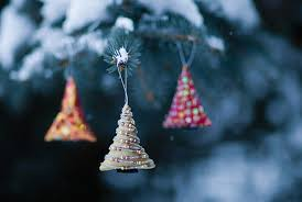 outside tree decorations happy holidays
