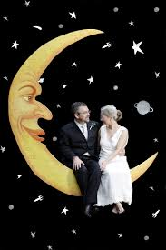 background for halloween photo booth how to paper moon photobooth paper moon moon photos and photo