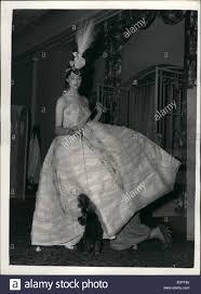 robe de chambre anglais realisation dress photos realisation dress images alamy