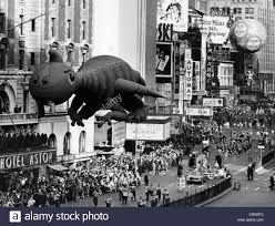 the macy s thanksgiving day parade times square new york city