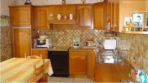 meubles de cuisine repeindre des meubles de cuisine rustique en bois deco cool