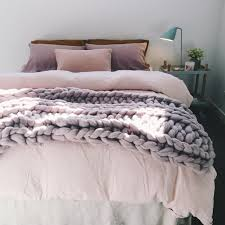 throws and blankets for sofas best of bedroom throws and blankets 38 photos gratograt