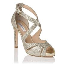 wedding shoes london 35 best gold shoes images on shoes gold shoes and sandals
