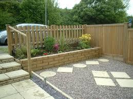Fencing Ideas For Small Gardens Garden Fence Ideas Bryansays