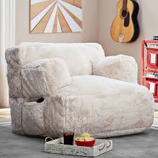 Chairs For Teenage Bedrooms Best by Best 25 Bedroom Lounge Chairs Ideas On Pinterest Bedding Master