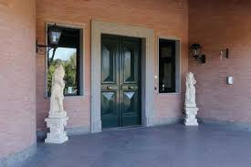 pietre per davanzali e soglie davanzali in pietra naturale e soglie per finestre micci peperino