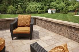 Patio Seating Wall Home Design Ideas And Pictures - Patio wall design