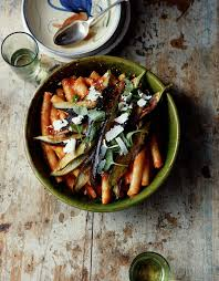 cuisine aubergines pasta with tomatoes and aubergine recipe great chefs