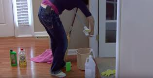 Cleaning Hardwood Floors With Vinegar How To Clean Hardwood Floors With Vinegar The Basic Woodworking