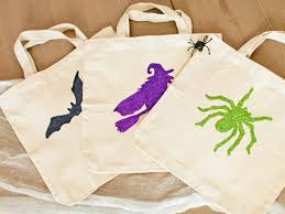 halloween bags for trick or treating best 25 cute halloween treats ideas on pinterest halloween free