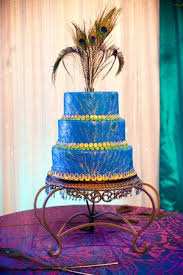 peacock wedding cake topper wedding cakes pictures peacock wedding cakes