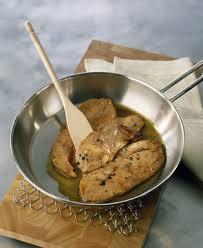 cuisiner le foie recette foie gras poelé la plus simple des façons de cuisiner le