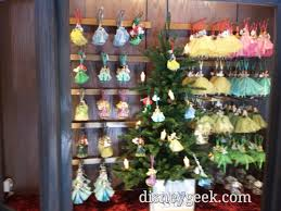 1st look castle holiday shoppe in fantasyland u2013 the geek u0027s blog